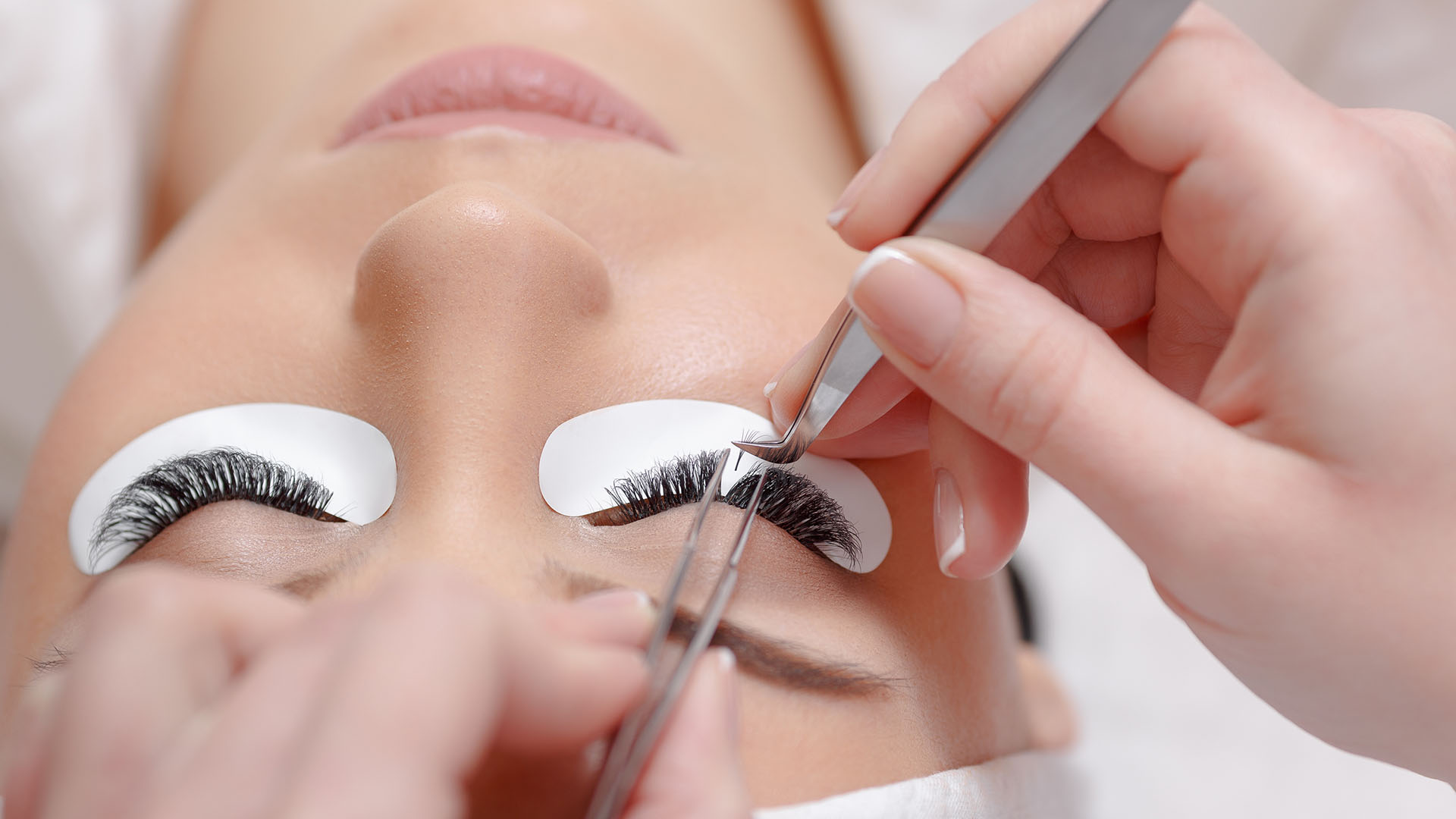 Salon One19 & Spa Eyelash Extensions